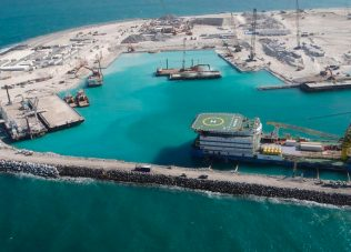 UAE records pick-up in oil and gas contract awards