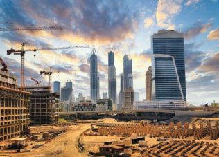 Dubai said to halt new project spending